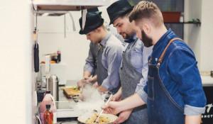 Шеф повар Михаил Хмелинин открывает первый в Барнауле гастро-бар
