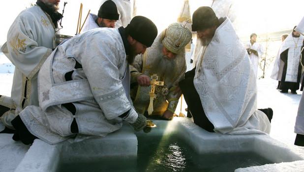 В Барнауле празднуют Крещение. 19 января 2017 года.