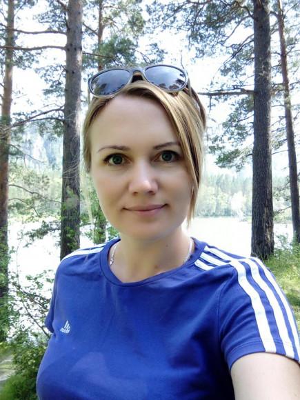 Оксана Абрамова, депутат АКЗС.