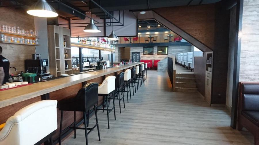 Bar LOFT.