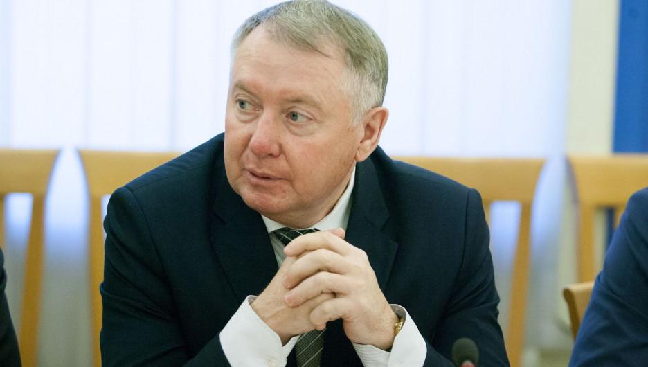 Михаил Дайбов.