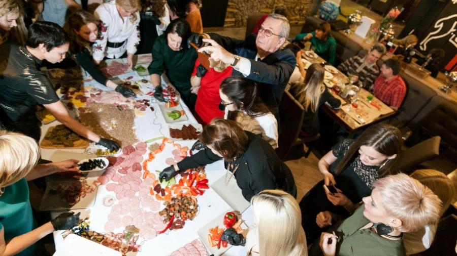 В Барнауле открылся ресторан Koster.