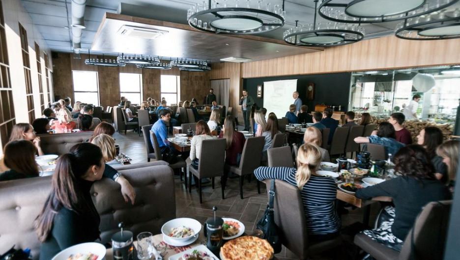 На мероприятии собрались более 80 гостей.