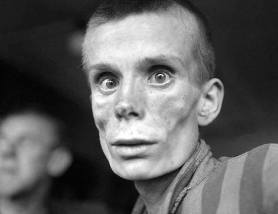18-летняя русская узница концлагеря Дахау во время освобождения.