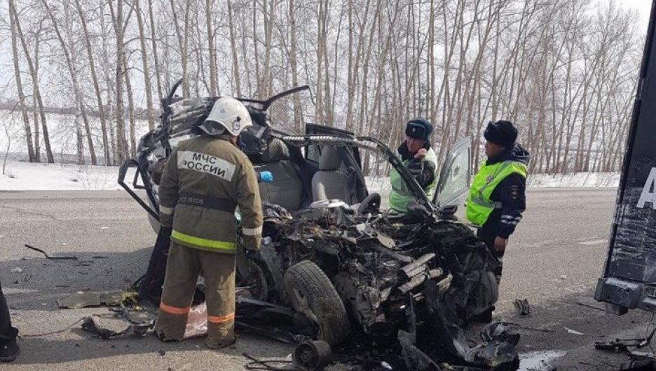 На трассе Новосибирск-Барнаул произошло страшное ДТП