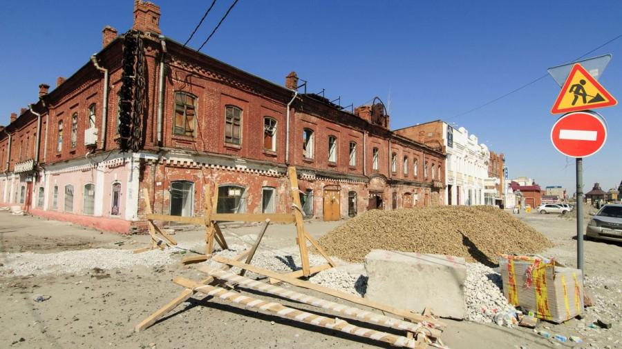 """На Мало-Тобольской, 36, примерно в 200 метрах от здания рынка """"Центральный"""", расположен памятник архитектуры, построенный в 1880 году."""