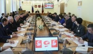 В Алтайском крае утвердили официальную эмблему празднования Дня Победы.