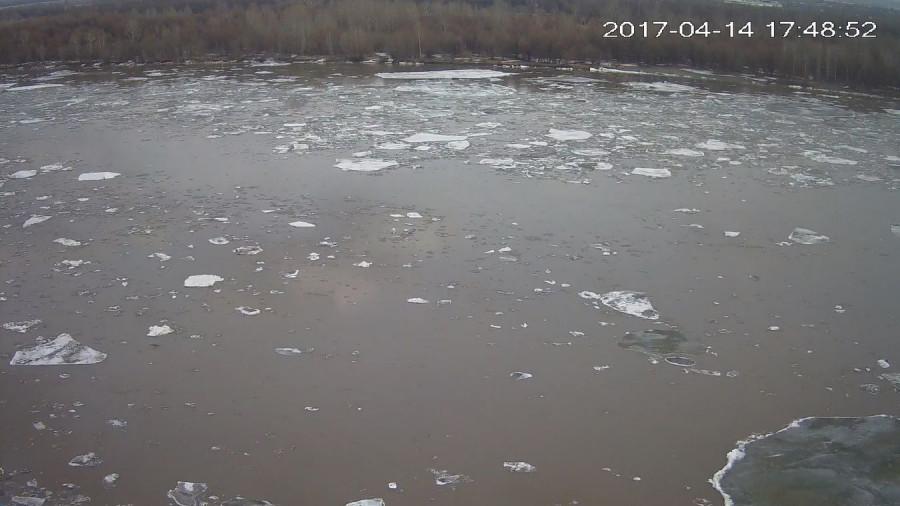 В Барнауле начался ледоход. 14 апреля 2017 года.