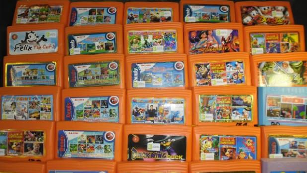 Игровые картриджи для приставки Dendy.