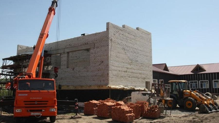Строительство школы в Юдихе.