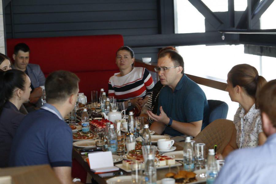 Встреча гендиректора Tele2 Сергея Эмдина с журналистами в Барнауле.