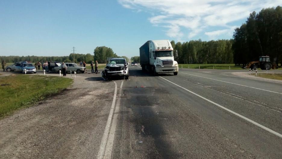ДТП на Чуйском тракте возле Черепаново. 5 июня 2017 года.