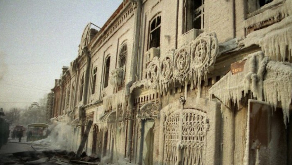 Последствия пожара БТИ, которое располагалось в историческом здание.