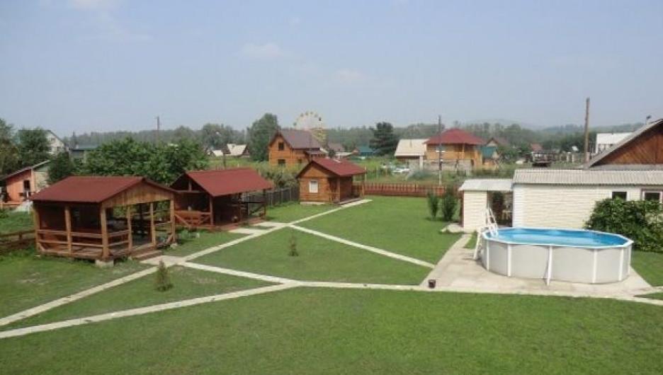 База отдыха у озера Ая.