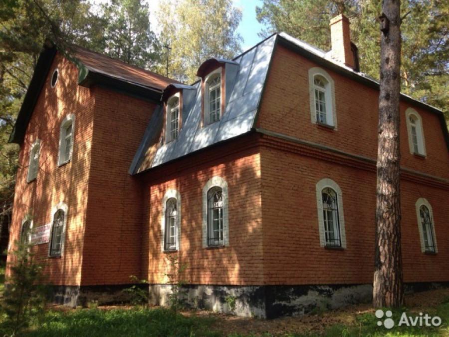 Загородный дом отдыха под Барнаулом.