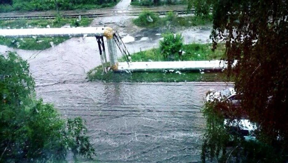 Дождь в Бийске. 13 июля 2017 года.