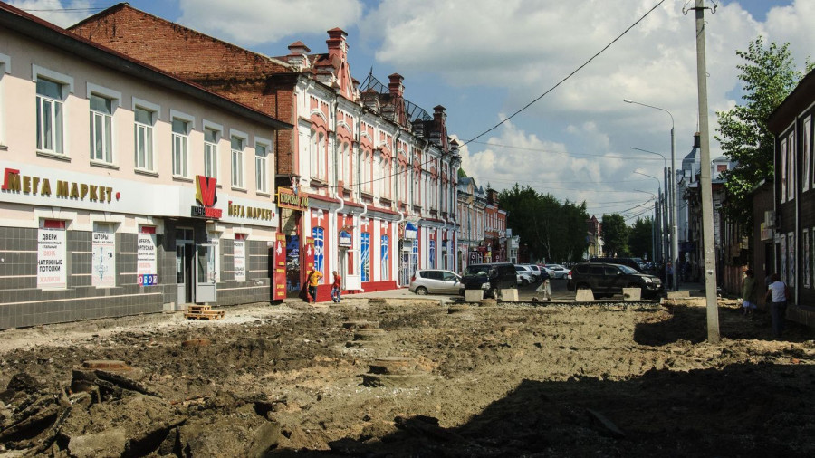 Ремонт улицы Льва Толстого в Барнауле. 3 августа 2017 года.