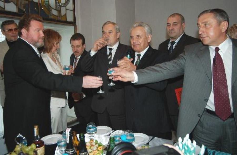 Губернатор Евдокимов: банкет после инаугурации.