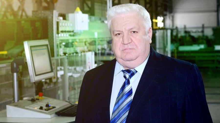 """Александр Карлов, гендиректор """"Алтайского трансформаторного завода"""""""