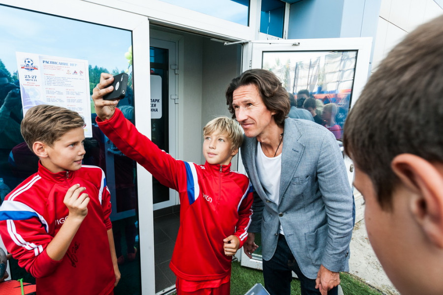 В Барнауле Андрей Аршавин открыл Международный детский турнир