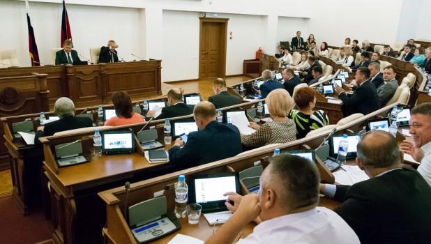 В АКЗС рассказали о депутатской судьбе осужденного Волкова