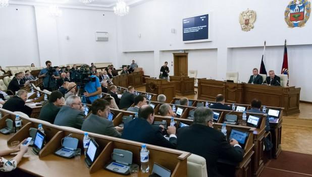 Сессия депутатов АКЗС, 31 августа 2017.