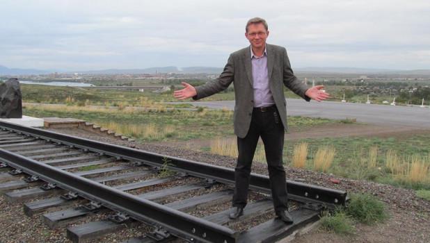 Четырежды депутат Госдумы от Алтайского края Владимир Рыжков пойдет в Мосгордуму