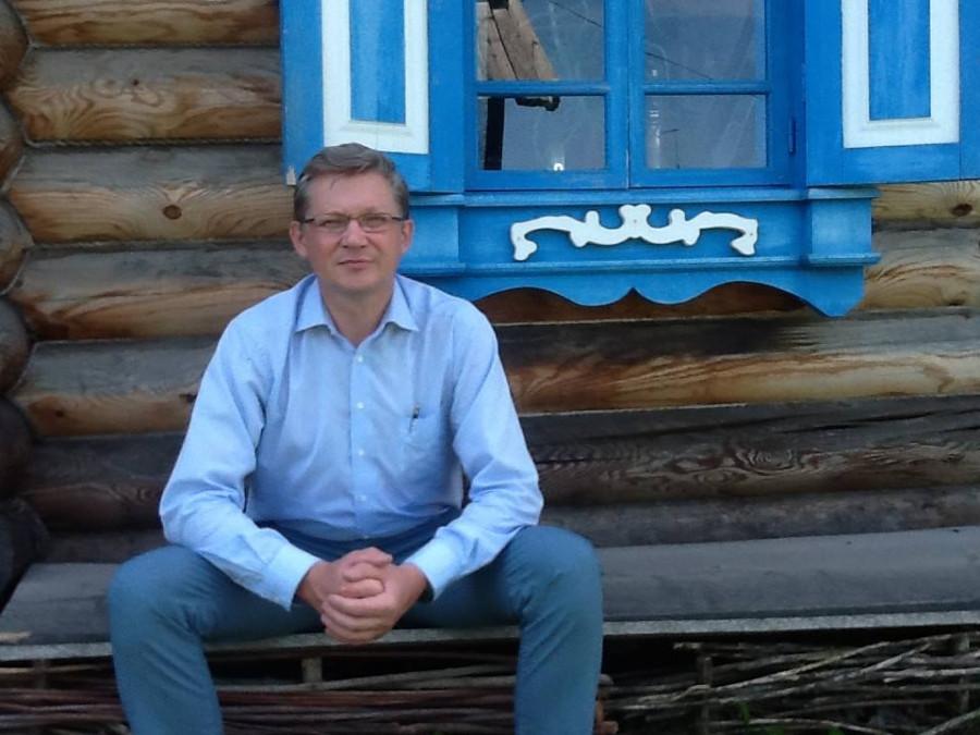 Владимир Рыжков путешествует по Алтаю.