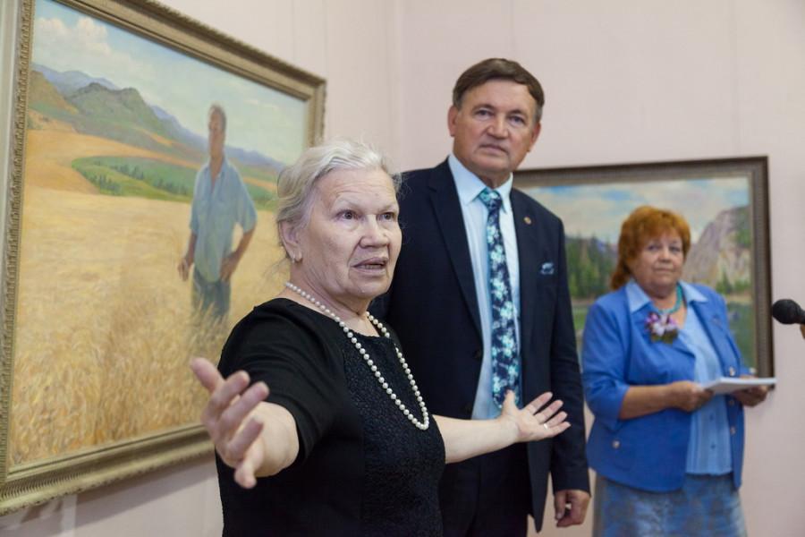Выставка Анатолия Щетинина к 80-летию Алтайского края.