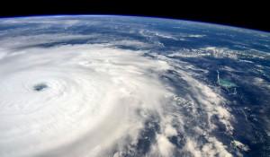 """Ураган """"Ирма"""", вид из космоса."""