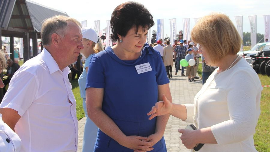 Ирина Долгова (в центре) на Дне поля.