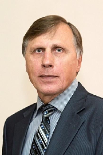 Виктор Разгон.