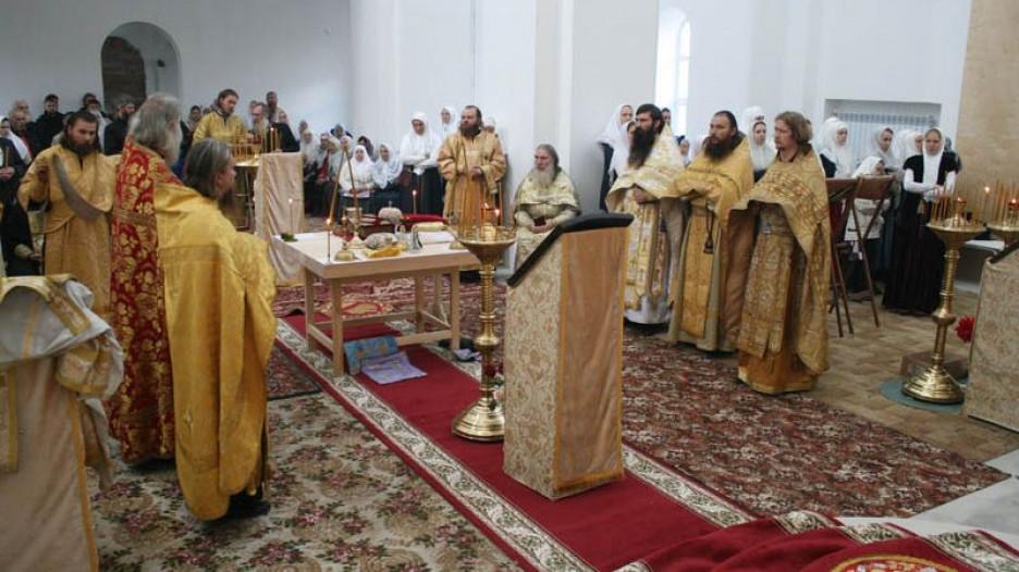 Всеношное бдение в старообрядческом храме Покрова Богродицы. Барнаул, 23 сентября 2017 года.