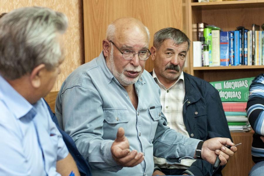 На встречу с altapress.ru пришли кандидаты в депутаты, самовыдвиженцы и оппозиционеры.