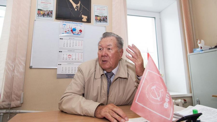 Виталий Сафронов возглавлял фракцию КПРФ.