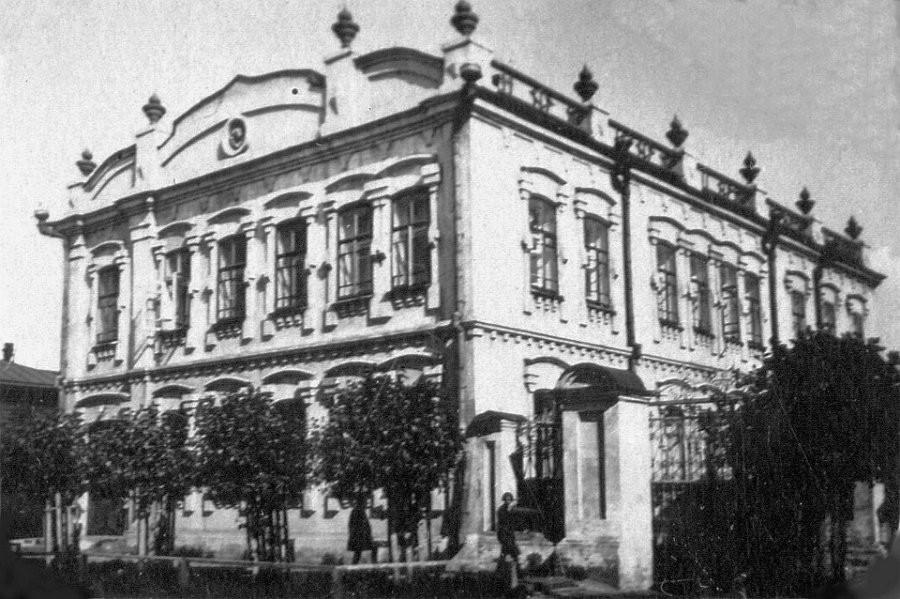 Барнаульский окружной отдел ОГПУ в 1925-1932 гг. (ул.Короленко, 63)