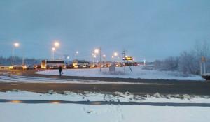 Пробка на выезде из Барнаула, военные перекрыли трассу.