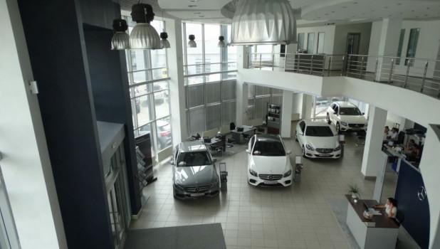 Автосалон Mersedes-Benz