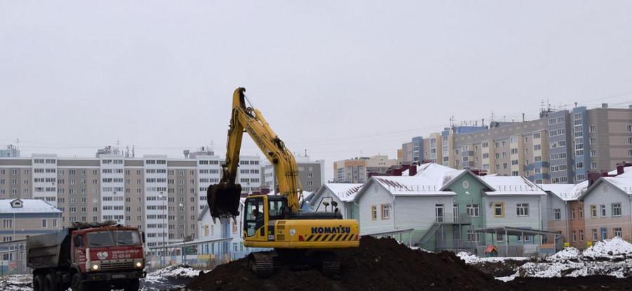 В Барнауле начали строить школу в районе новостроек.