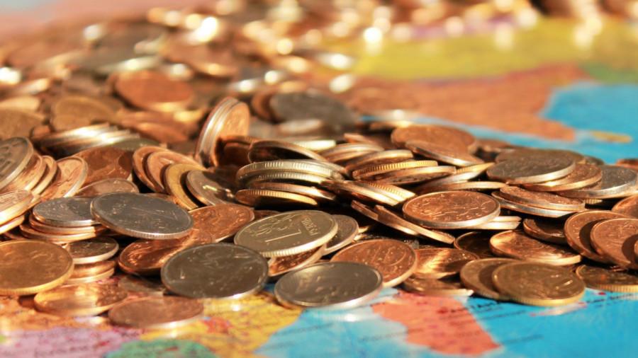 Деньги, карта.