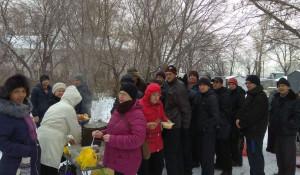 В Барнауле начали бесплатно раздавать горячие обеды малоимущим.