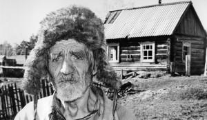 1999 год, дедушка из позабытой богом деревни.