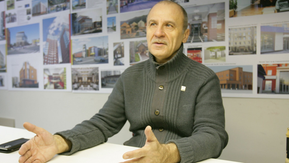 Александр Деринг.