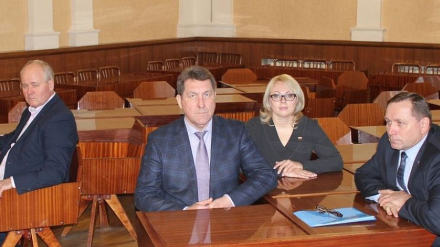 Всех кандидатов на пост главы Барнаула допустили до финального этапа конкурса.