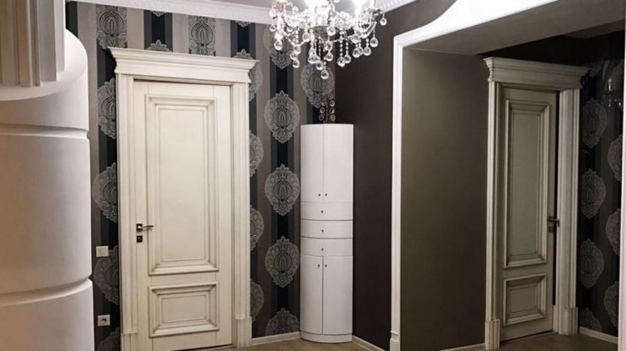 В Барнауле элитную квартиру меняют на стройматериалы.
