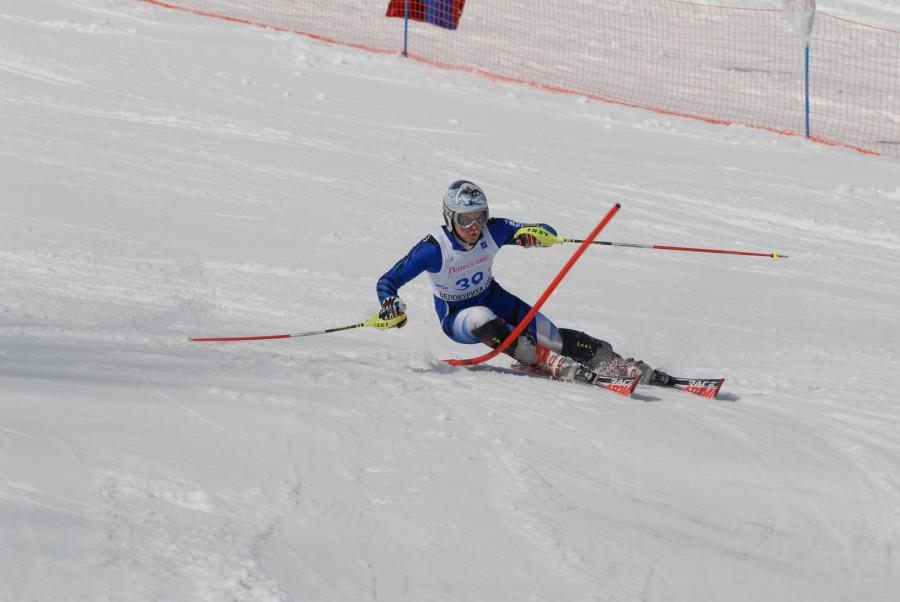 """Воспитанники СДЮШОР """"Горные лыжи"""" приступили к тренировкам"""