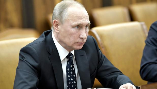 """Владимир Путин ответил на критику """"Единой России"""""""