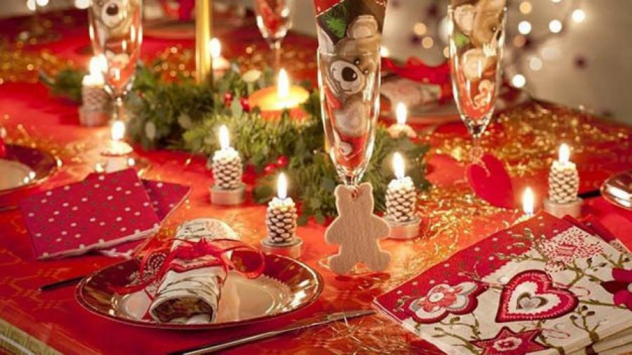 Украшения новогоднего стола.