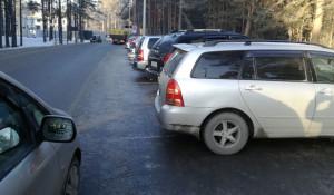 Новый парковки и тротуары на территории медкластера в Барнауле