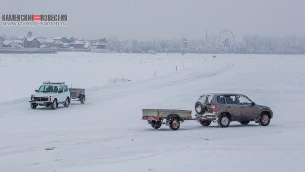 В Камне-на-Оби открыли автомобильную переправу